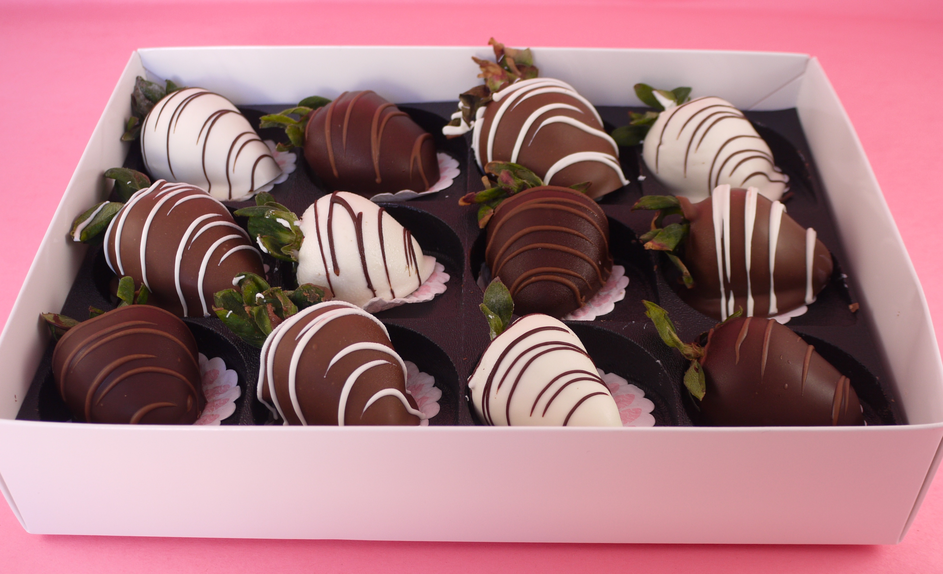 Shari S Berries Chocolate Dipped Strawberries For A